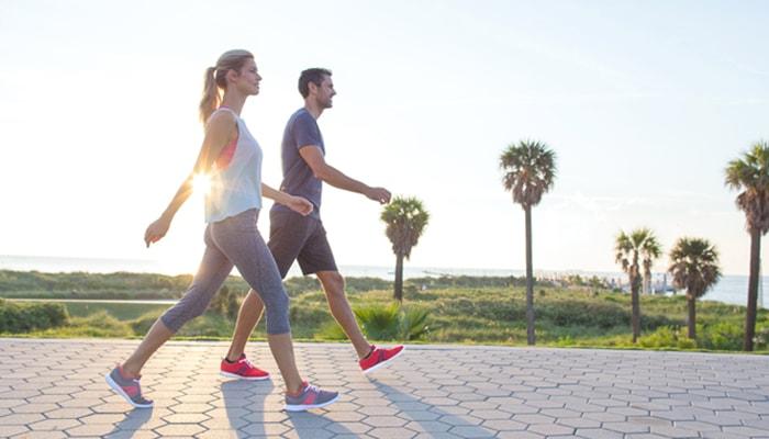 Tác dụng đi bộ là vô cùng to lớn đối với chúng ta